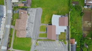 L'école maternelle et l'espace Nicole Bichut